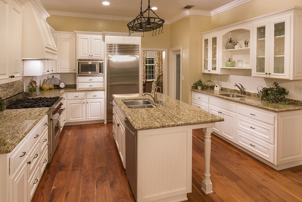 How to Keep Kitchen Cabinets Looking Fresh