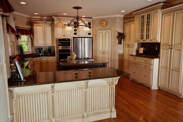 profesional-refinishing-off-white-glazed-kitchen-cabinet ...